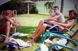 1992. One german, Jills boyfriend from Scotland and Olivier from France at pool
